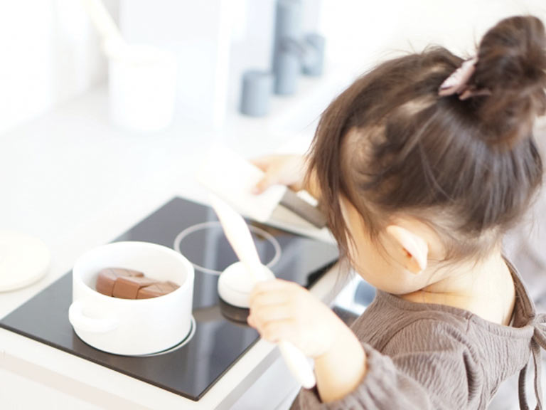 子ども料理教室「KONIKONI」